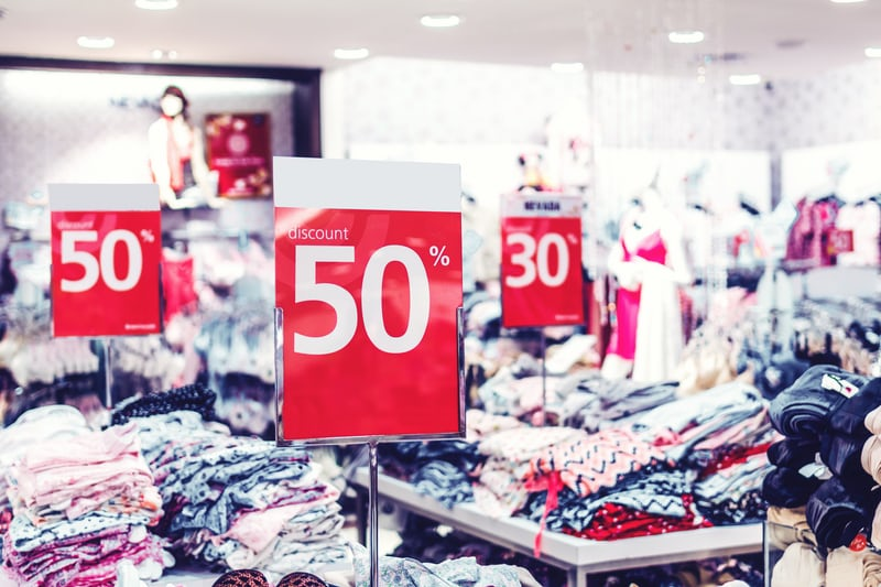 30% & 50% Discount Signs For Clothing For Black Friday